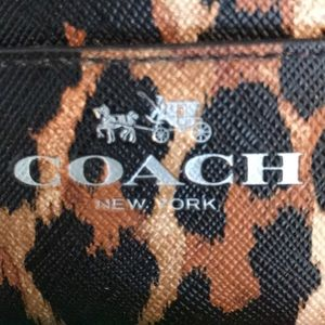 NWOT Authentic coach leopard credit card holder